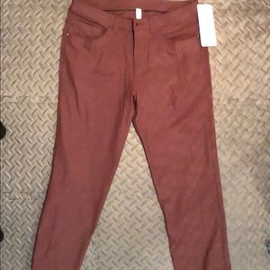 New Men's Lululemon ABC pant size 32 Pelt color